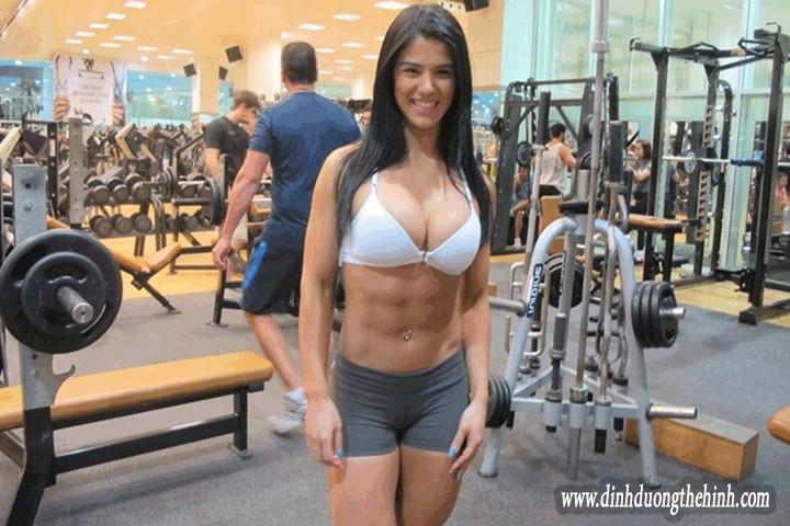 Eva Andressa Hoa hậu thể hình Brazil