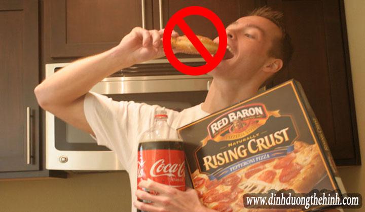 Những thực phẩm không nên ăn su khi tập thể hình