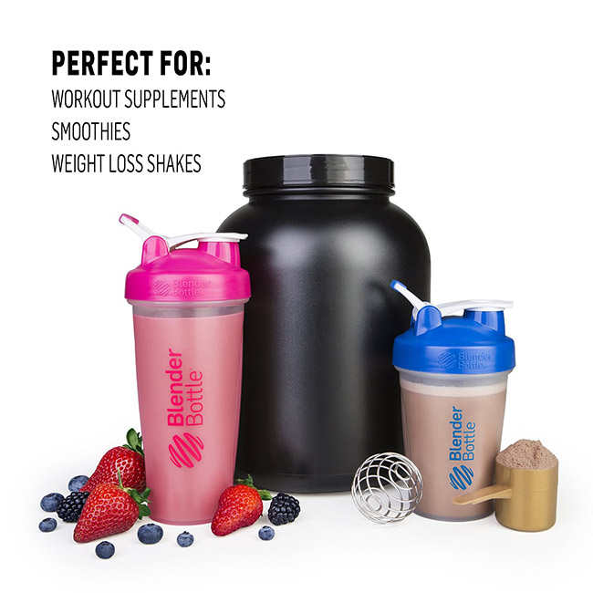 BlenderBottle Classic Shaker 750ml use
