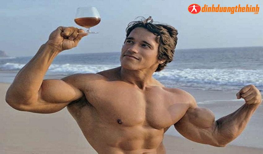 Arnold Schwarzenegger ! Phương pháp tập luyện giúp ông thành công